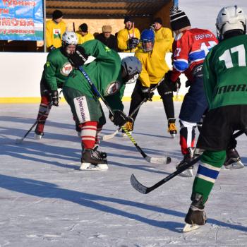 Открытие хоккейной коробки в д. Тляумбетово